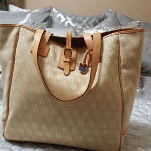 Authentic Dooney and Bourke large tote
